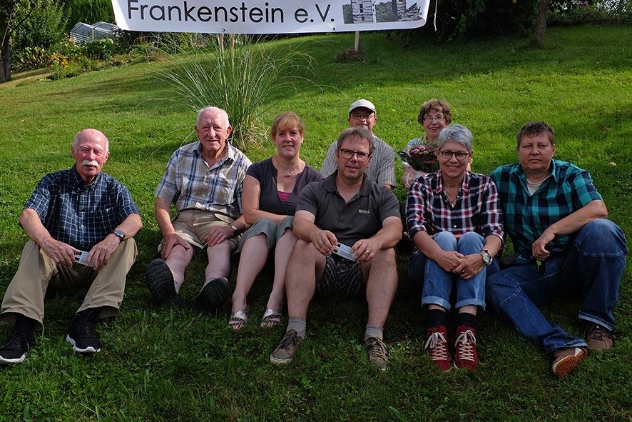 Sommerfest Imkerverein - Gruppenbild Imkerpaten 1 10x13s