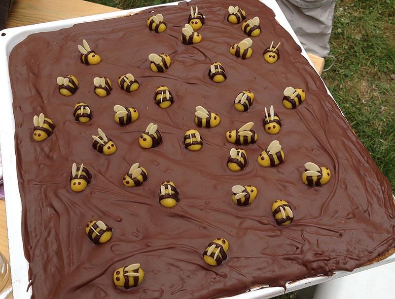Imker-Sommerfest - Bienenkuchen 4 10x12s