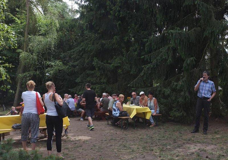 Honigtag-Eröffnung-BM-Georg-Rausch-01-10x15s (1)