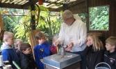 Herbstaktion - Besuch beim Imker 4