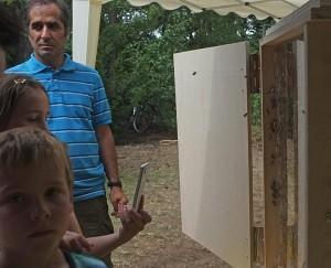 Honigtag-Bienenvolk-01-10x15s
