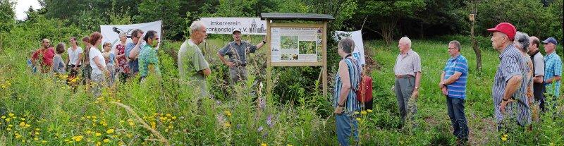 Fotos: Martin Kiehl – Einweihung der Tafel auf der Bienenweide
