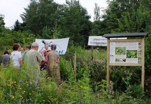 Bienenweide-Einweihung-der-Tafel-5-10x15s